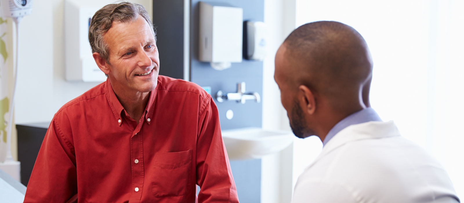 Spirometry testing and Management referral services - consultant talking to patient